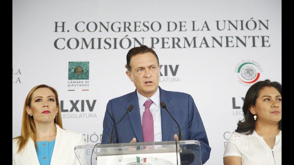 Conferencia de prensa concedida por el coordinador de los senadores del PAN, Mauricio Kuri González, acompañado por integrantes del PAN