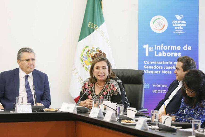 Senadora Xóchitl Gálvez Ruiz al intervenir durante 1er. Informe de actividades legislativas de la senadora Josefina Vázquez Mota
