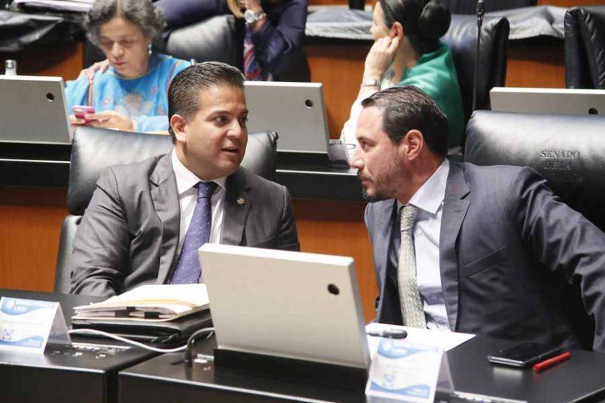 Senadoras y senadores del Grupo Parlamentario del Partido Acción Nacional, durante los trabajos de la Comisión Permanente.
