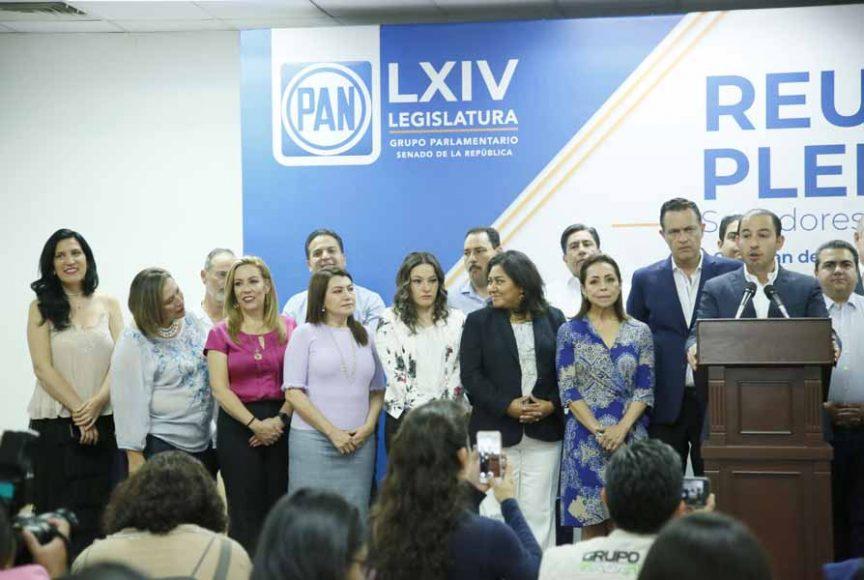 Senadores de Acción Nacional en conferencia de prensa, Marko Cortés