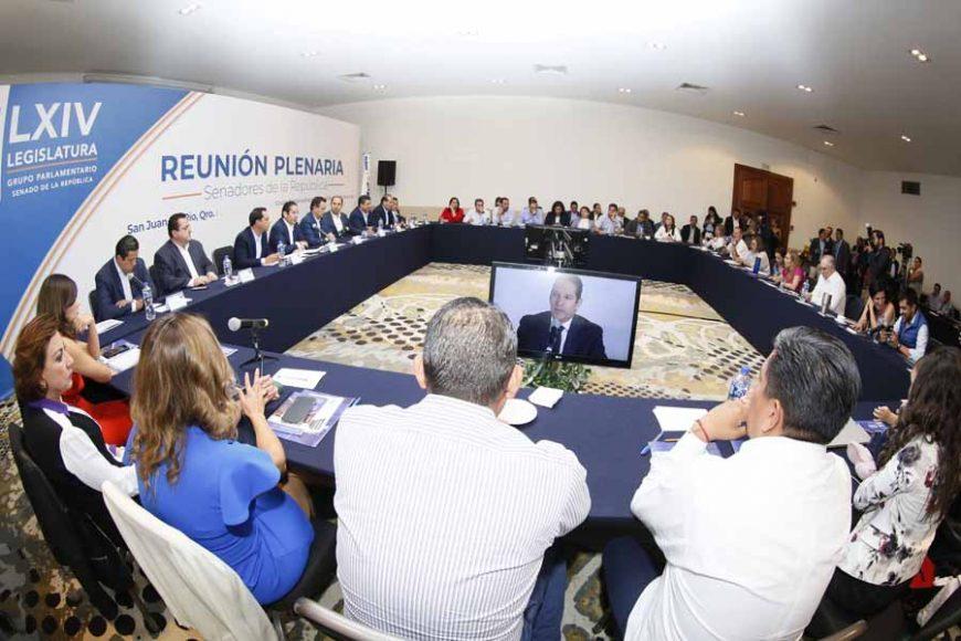 Reunión Plenaria Senadores de PAN con Gobernadores