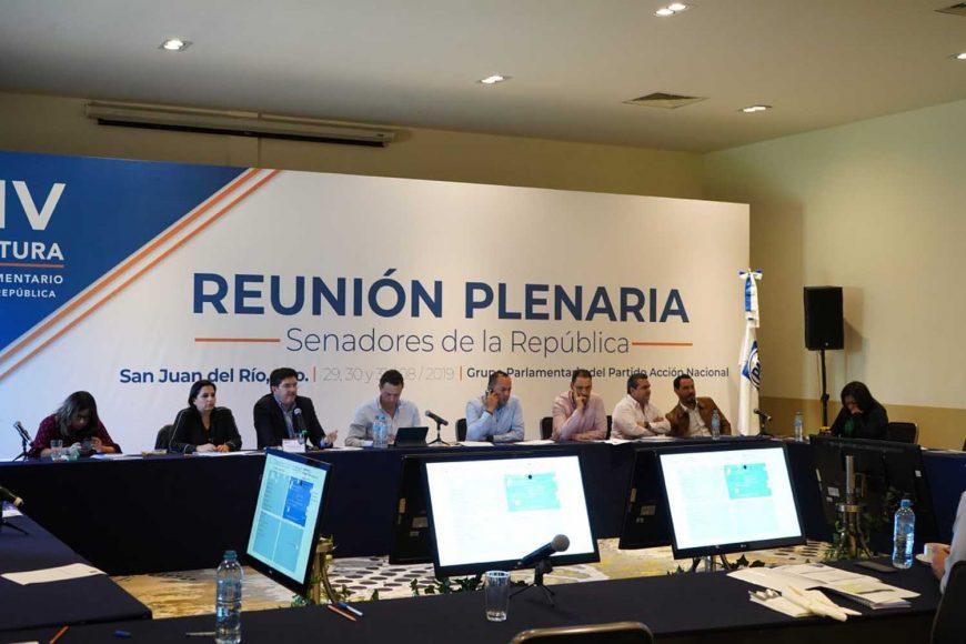 Los integrantes de la bancada panista llevan a cabo el taller de Agenda Legislativa, con el maestro Manuel J. Molano, Director General del Instituto Mexicano para la Competitividad (IMCO), rumbo al inicio del próximo periodo de sesiones.