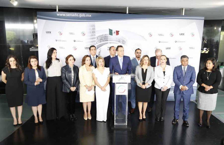 Conferencia de prensa del Grupo Parlamentario del PAN, encabezada por el coordinador, Mauricio Kuri González, para presentar la Agenda Legislativa para el Primer Periodo Ordinario de Sesiones del Segundo Año de la LXIV Legislatura