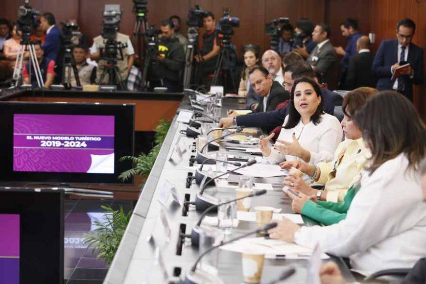 Pregunta de la senadora Mayuli Latifa Martínez Simón a Miguel Torruco Marqués, secretario de Turismo, en la comparecencia del funcionario federal ante la Comisión de Turismo.