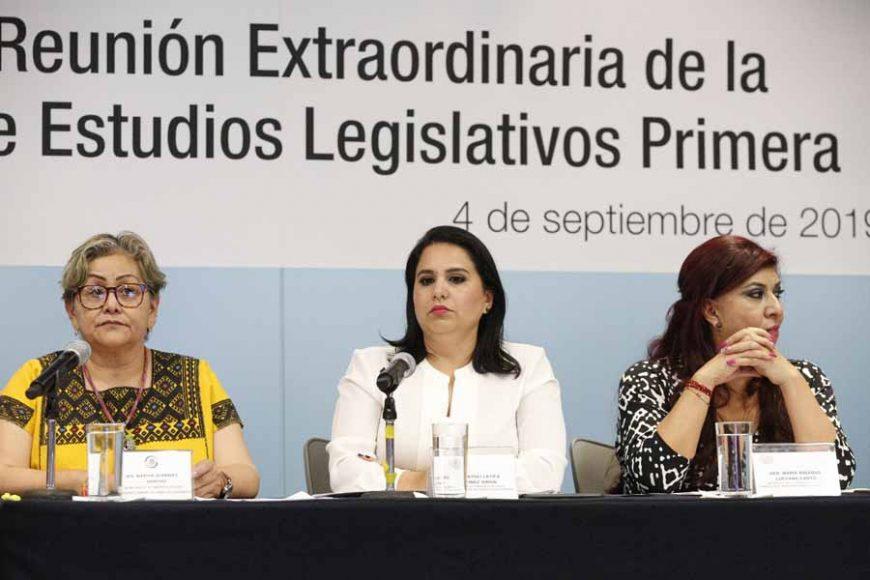 Participación de las senadoras Minerva Hernández Ramos, Xóchitl Gálvez Ruiz, Kenia López Rabadán y Mayuli Latifa Martínez Simón, durante los trabajos de la reunión extraordinaria de la Comisión de Estudios Legislativos Primera.