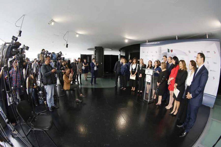 Conferencia de prensa concedida por las senadoras y los senadores del PAN, encabezados por el Coordinador, Mauricio Kuri González.