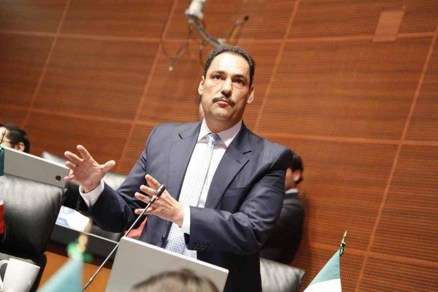 Intervención del senador Juan Antonio Martín del Campo, desde su escaño.
