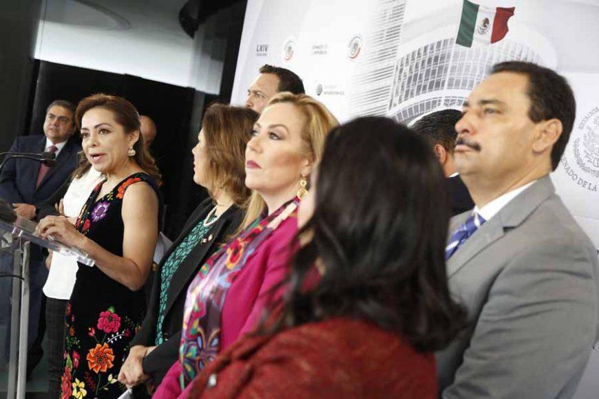 Conferencia de prensa ofrecida por senadoras y senadores del Grupo Parlamentario del Partido Acción Nacional, encabezados por su Coordinador, Mauricio Kuri González.