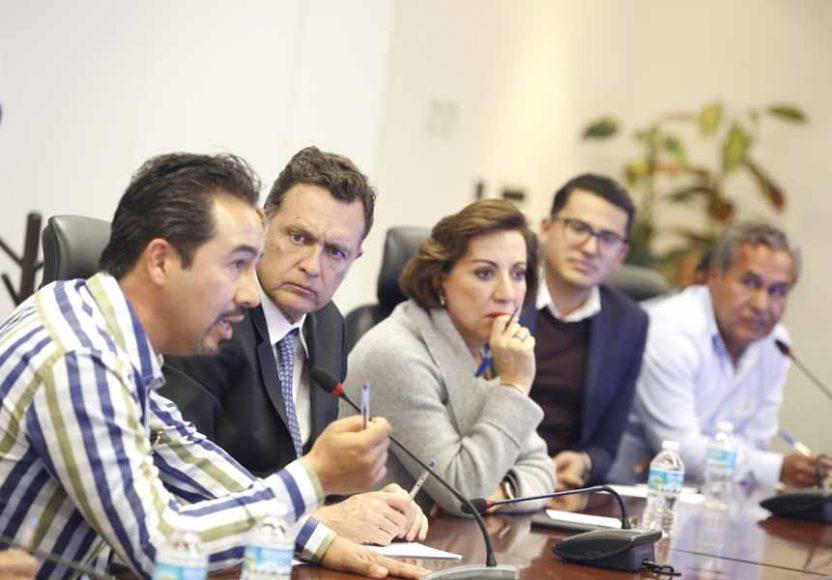 Participación de la senadora Guadalupe Murguía Gutiérrez y el senador Mauricio Kuri González, durante la reunión con comunidades del estado de Querétaro.