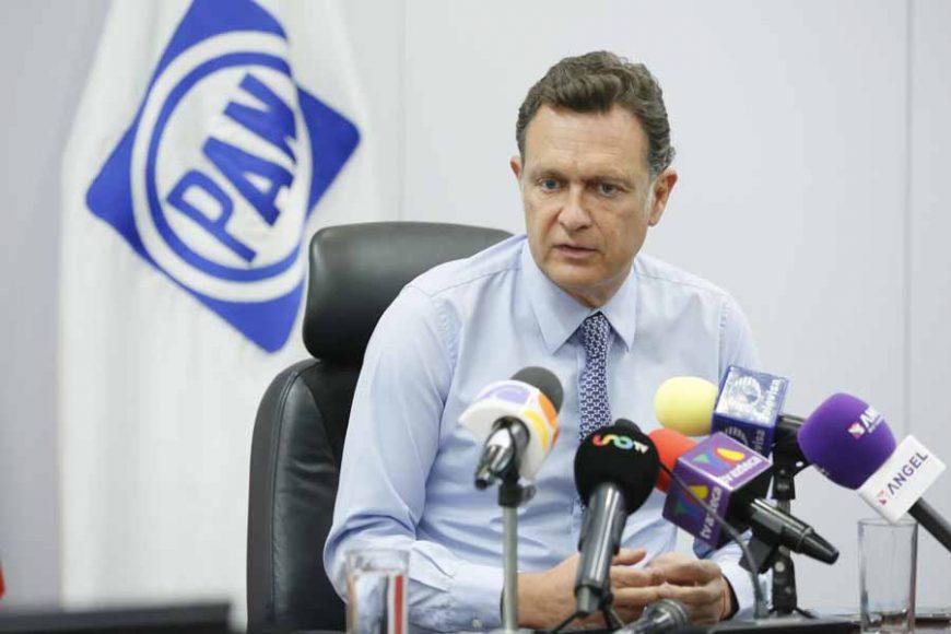 Entrevista concedida por el Coordinador de los senadores del PAN, Mauricio Kuri González, en la que calificó de fallida a la estrategia de seguridad del Gobierno federal