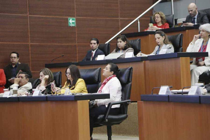 Participación de las senadoras del PAN Xóchitl Gálvez Ruiz y Nadia Navarro Acevedo, durante la comparecencia del Director del IMSS, Zoé Robledo Aburto.