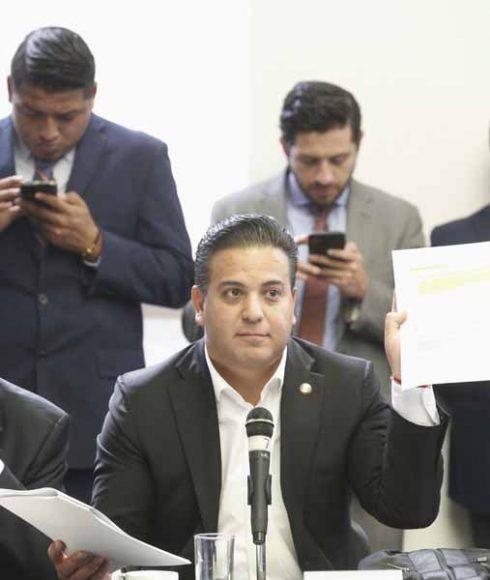Senador Damián Zepeda Vidales, en la reunión extraordinaria de las comisiones unidas de Puntos Constitucionales, de Hacienda y de Estudios Legislativos Segunda.