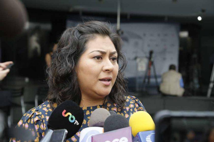 Entrevista concedida por la senadora Nadia Navarro Acevedo, previo al inicio de la sesión ordinaria
