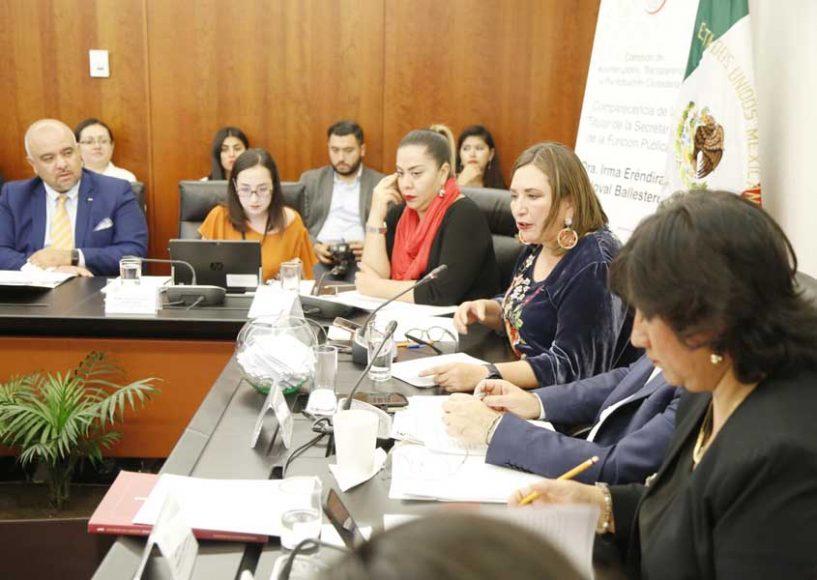 Senadora Xóchitl Gálvez Ruiz a Irma Eréndira Sandoval Ballesteros, titular de la Secretaría de la Función Pública, en la comparecencia de la funcionaria federal ante la Comisión de Anticorrupción, Transparencia y Participación Ciudadana.