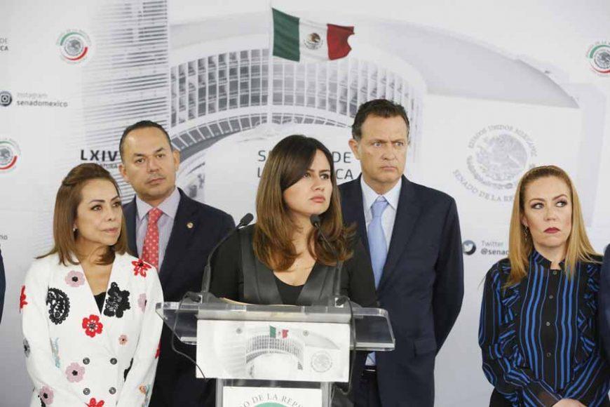 Conferencia de prensa ofrecida por senadoras y senadores del GPPAN, encabezados por su Coordinador, Mauricio Kuri González.