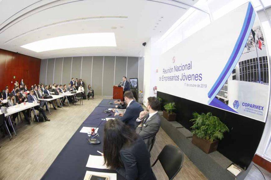 Senador Mauricio Kuri González, en reunión Nacional de Empresarios Jóvenes