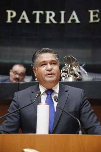 Intervención en tribuna del senador Víctor Fuentes Solís, para referirse a un dictamen por el que se por el que se reforman y adicionan diversas disposiciones de la Ley General de Salud.