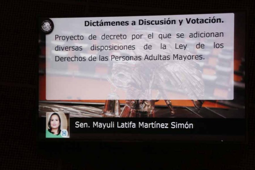 Intervención en tribuna de la senadora Mayuli Latifa Martínez Simón para presentar diversos dictámenes de las Comisiones Unidas de Desarrollo y Bienestar Social; y de Estudios Legislativos, Primera.