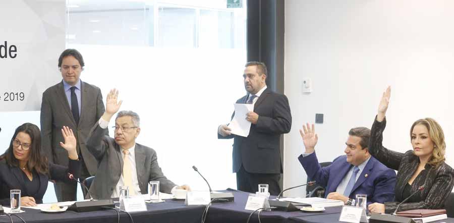 Participación del senador Roberto Moya Clemente durante la reunión de trabajo de la Comisión de Minería.