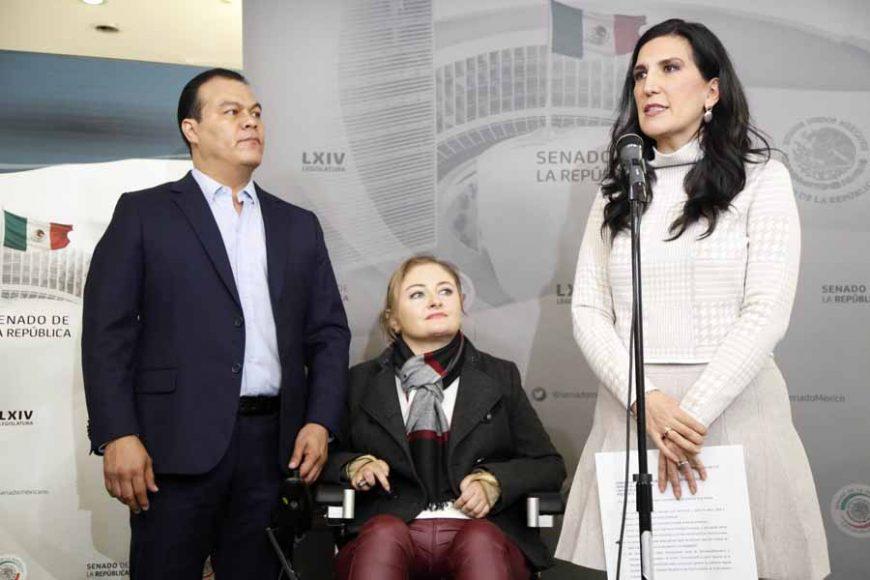 Conferencia de prensa ofrecida por la senadora del PAN, Kenia López Rabadán, en conjunto con la senadora del PRI, Claudia Anaya Mota, y el senador de Movimiento Ciudadano, Juan Zepeda Hernández.