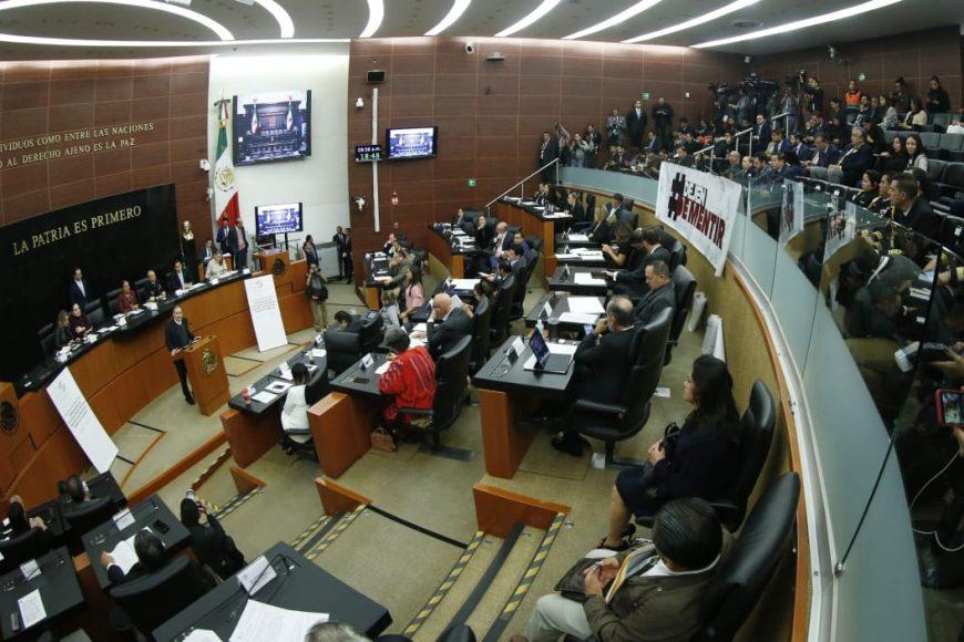 Senadores del PAN durante la comparecencia del titular de la Secretaría de Seguridad y Protección Ciudadana