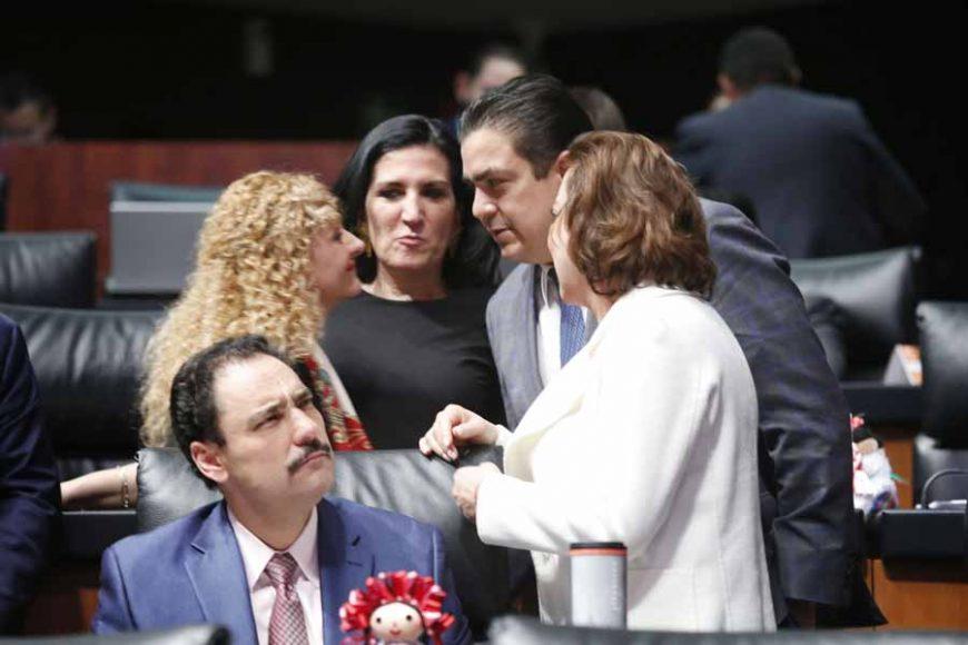 Senadores del PAN con la nueva Comisionada Ejecutiva de la Comisión Ejecutiva de Atención a Víctimas, Mara Gómez Pérez.