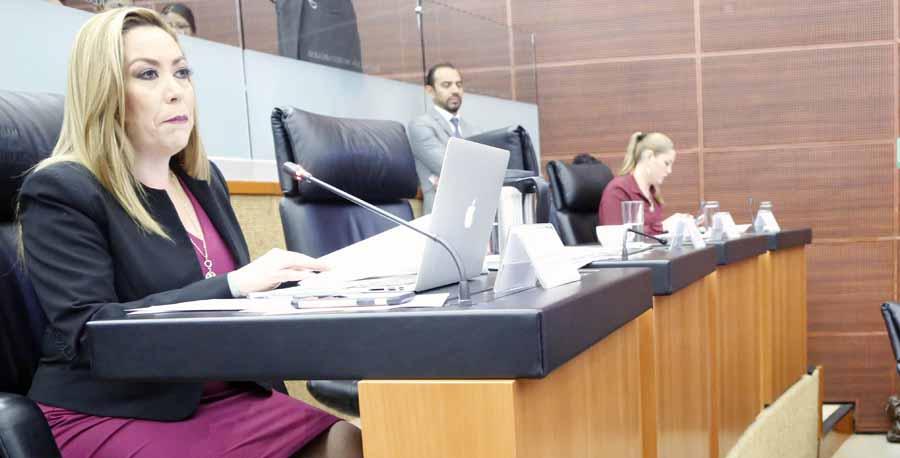 Senadora Alejandra Reynoso Sánchez durante la reunión de Comisiones Unidas de Relaciones Exteriores, Relaciones Exteriores América del Norte, de Trabajo y Previsión Social, de Economía y de Puntos Constitucionales para analizar y, en su caso, ratificar el Protocolo Modificatorio al Tratado entre México, Estados Unidos y Canadá (T-MEC)