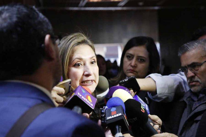 Entrevista a la senadora Xóchitl Gálvez Ruiz, previo al inicio de la sesión de la Comisión Permanente que se desarrolla en el Palacio Legislativo de San Lázaro.