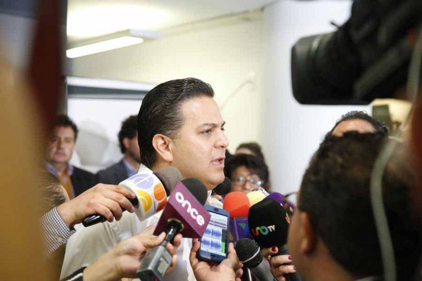 Entrevista concedida por el senador Damián Zepeda Vidales