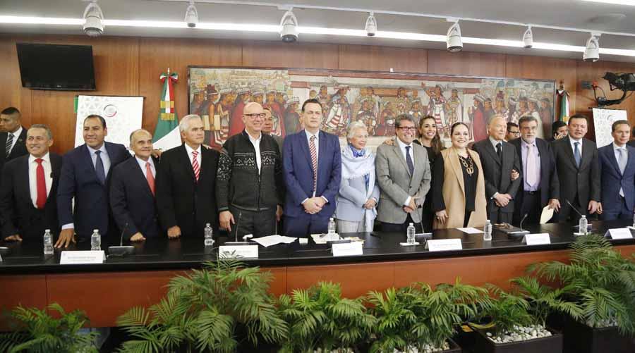 Senador Mauricio Kuri González, Coordinador del GPPAN, durante el anuncio de la presentación de la reforma al sistema de justicia.