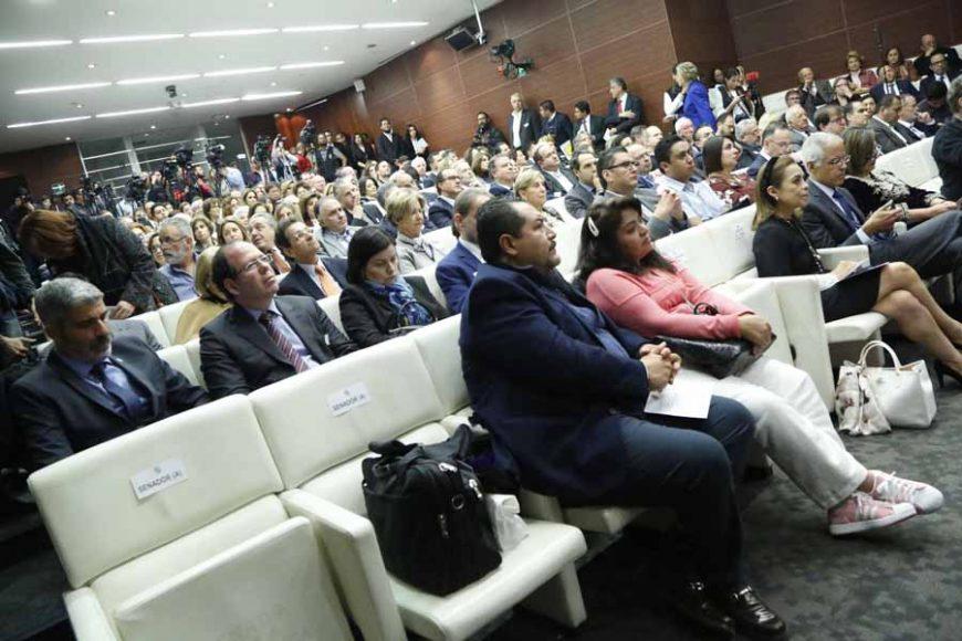 Asistencia de Senadores del PAN al aniversario del Holocausto. Josefina Vázquez Mota, Xóchitl Gálvez, Gustavo Madero Muñoz