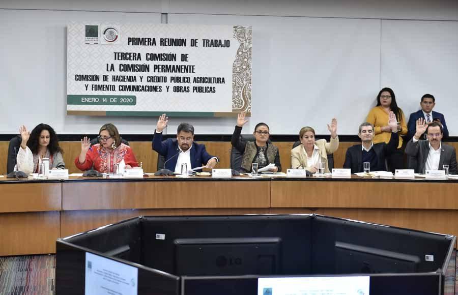 Pregunta de la senadora Xóchitl Gálvez Ruiz a Raquel Buenrostro Sánchez, nombrada por el titular del Ejecutivo federal como directora del SAT.
