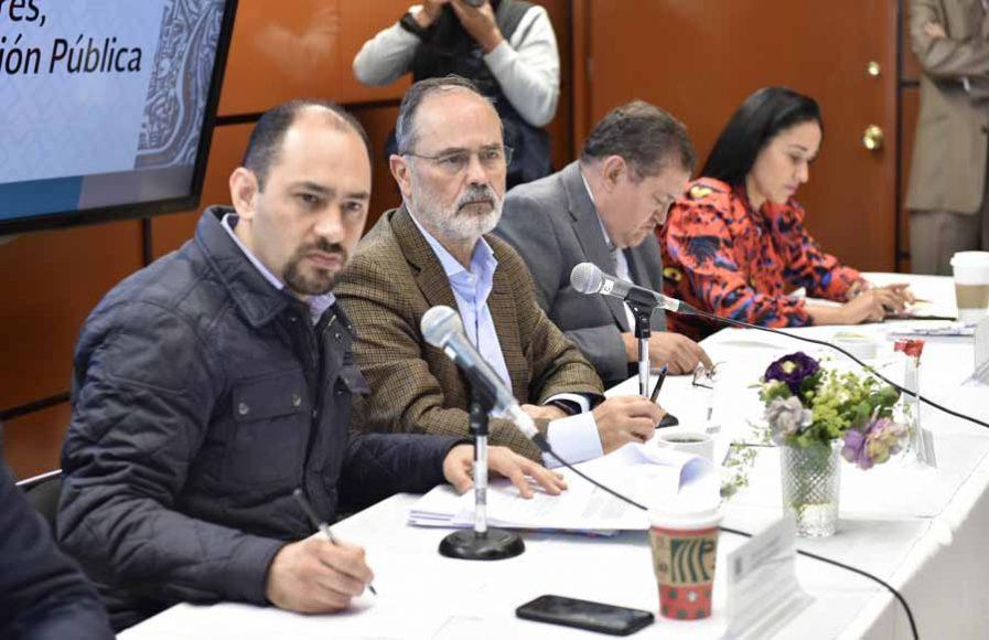 Senador Gustavo Madero Muñoz, al participar en la Segunda Comisión de la Comisión Permanente.