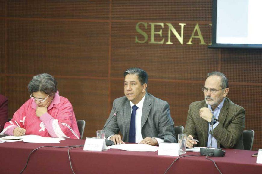 Senador Marco Antonio Gama Basarte, al inaugurar el foro Propiedad Industrial, retos y oportunidades ante el escenario mundial.