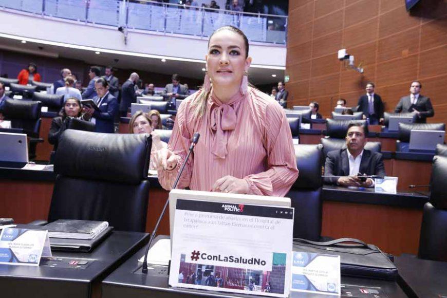 Intervención desde su escaño de la senadora martha cecilia Márquez Alvarado para referirse al cheque entregado por el Fiscal General al Presidente de la República, así como a la crisis de salud que vive el país.