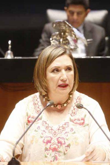 Intervención en tribuna de la senadora Xóchitl Gálvez Ruiz, para presentar iniciativa con proyecto por el que se reforma el artículo 190, fracción II, incisos a) y c), así como se adiciona un artículo 190 Bis, ambos de la Ley Federal de Telecomunicaciones y Radiodifusión