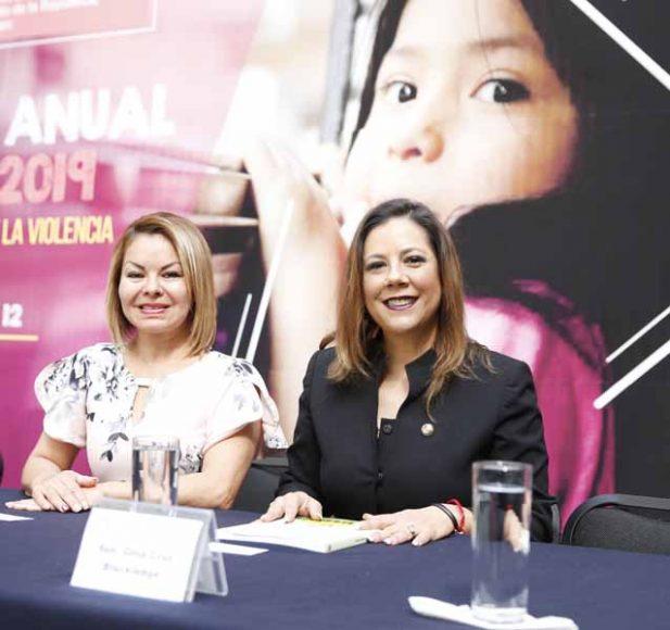 La senadora del PAN Josefina Vázquez Mota, presidenta de la Comisión de los Derechos de la Niñez y de la Adolescencia, durante la Presentación del Balance 2019 REDIM: Entre la invisibilidad y la violencia.