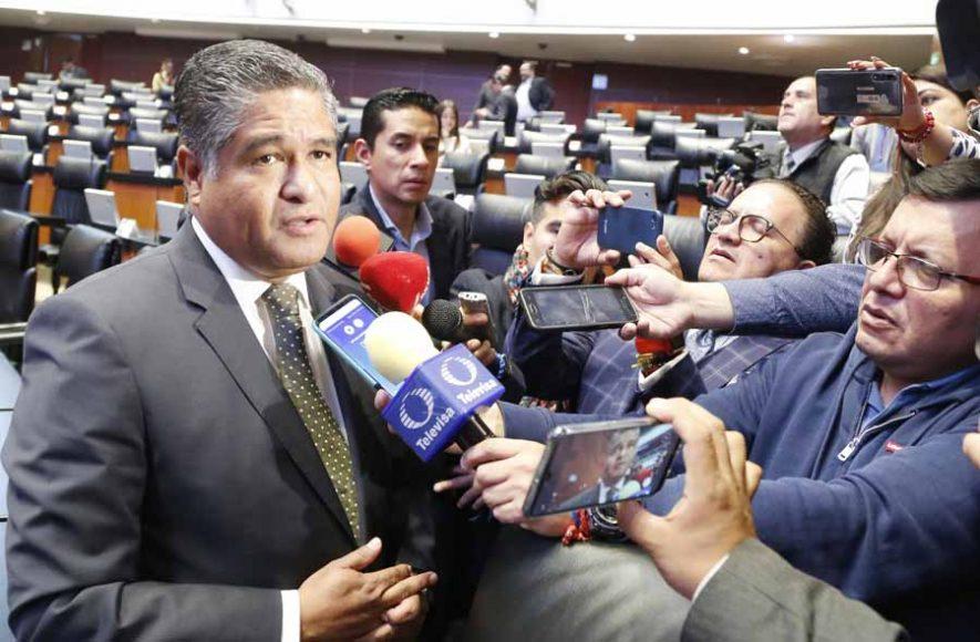 Entrevista concedida por el senador Víctor Fuentes Solís