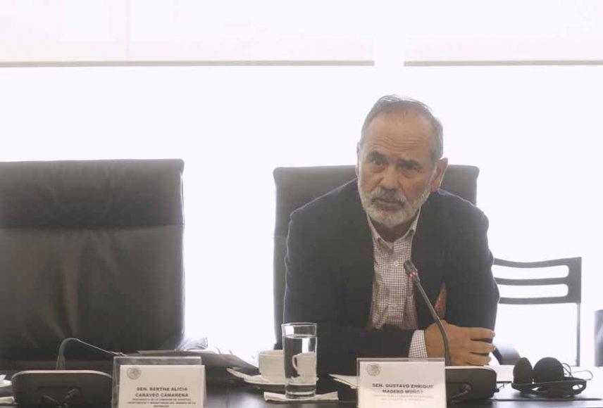 Senador Gustavo Madero Muñoz, al participar en la reunión de la Comisión de Relaciones Exteriores.