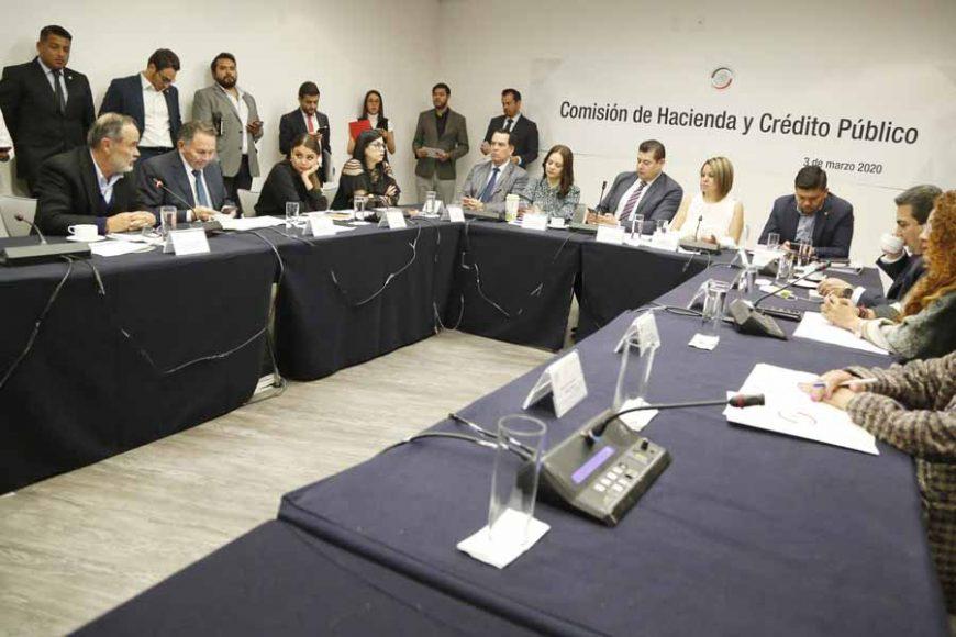 Senador Gustavo Madero Muñoz, durante la reunión de trabajo de la Comisión de Hacienda.