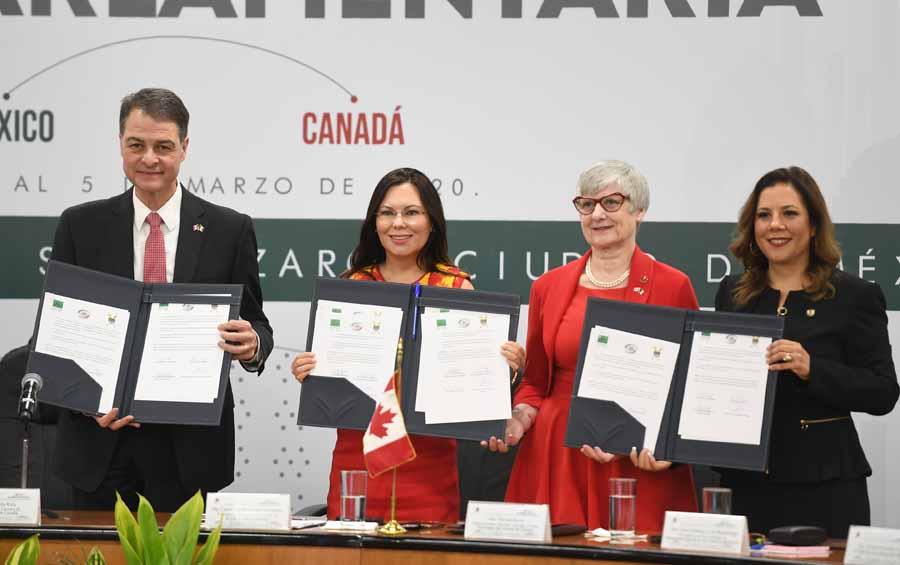 Senadora Gina Andrea Cruz Blackledge, al participar en la XXIII Reunión Interparlamentaria México-Canadá.