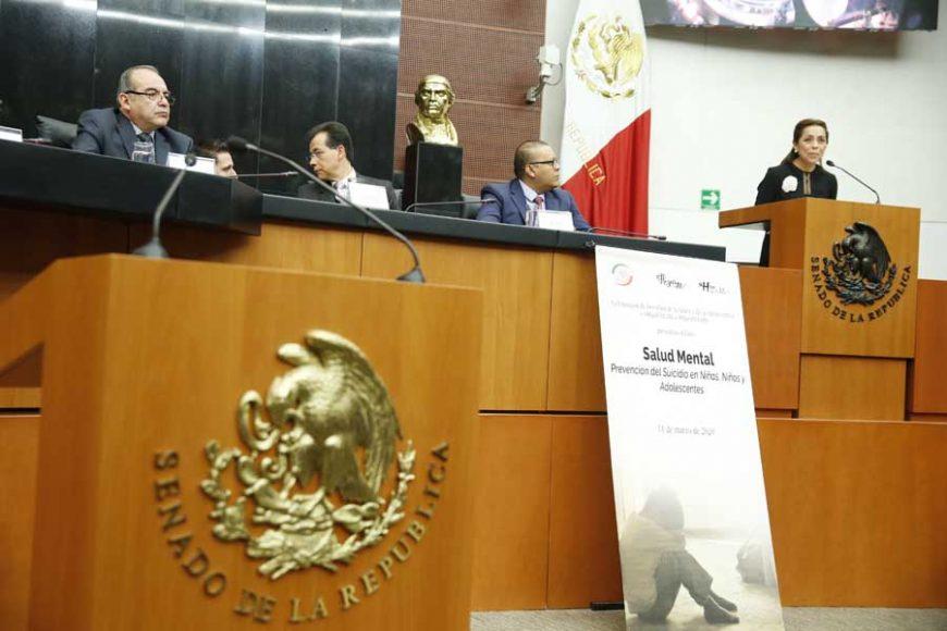 """La senadora panista Josefina Vázquez Mota durante la inauguración del Foro """"Salud Mental: Prevención del Suicidio en Niñas, Niños y Adolescentes""""."""