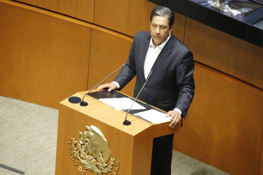 Intervención en tribuna del senador Marco Antonio Gama para referirse a un dictamen de las Comisiones Unidas de Puntos Constitucionales; y de Estudios Legislativos, Segunda, el que contiene proyecto de decreto por el que se reforma y adiciona el artículo 4o. de la Constitución Política de los Estados Unidos Mexicanos.