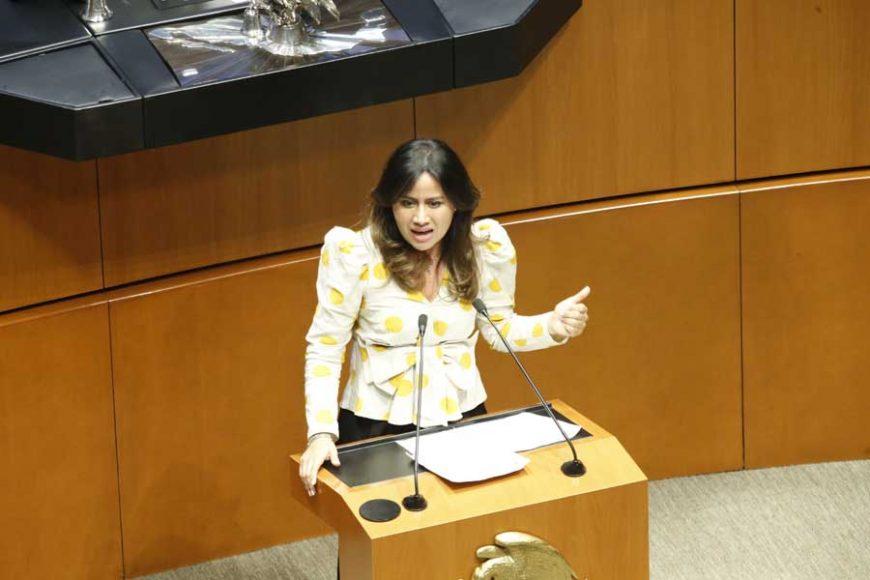 Intervención en tribuna de la senadora Indira de Jesús Rosales San Román, para presentar reservas a un dictamen de las Comisiones Unidas de Puntos Constitucionales; y de Estudios Legislativos, Segunda, el que contiene proyecto de decreto por el que se reforma y adiciona el artículo 4o. de la Constitución Política de los Estados Unidos Mexicanos.