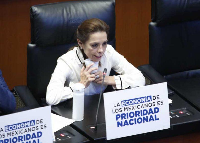 Intervención  desde su escaño de la senadora Josefina Vázquez Mota para solicitar se modifique el orden del día para incorporar iniciativas del PAN.