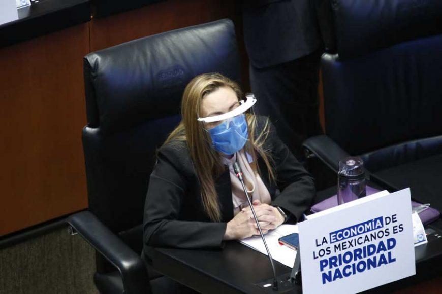 senadora Alejandra Reynoso Sánchez para solicitar se modifique el orden del día para incorporar iniciativas del PAN