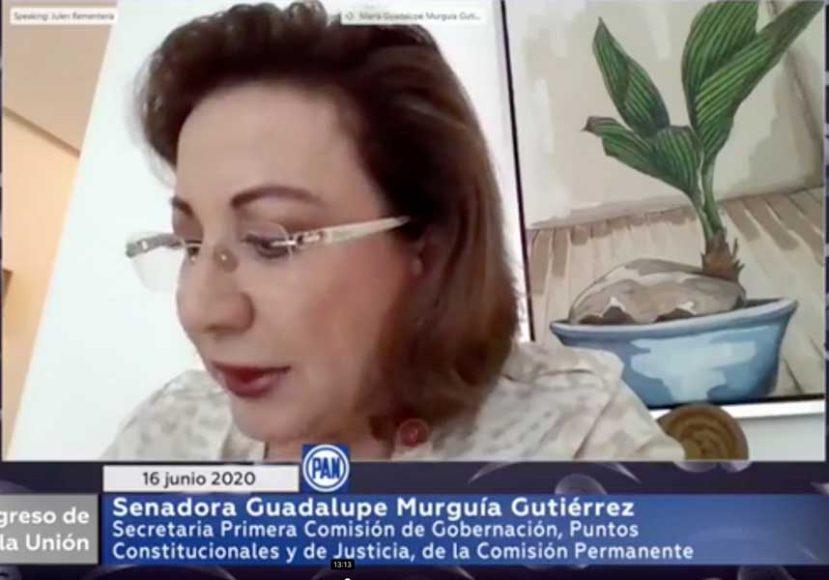 Senadora Guadalupe Murguía y el senador Julen Rementería del PAN, durante la instalación de la Primera Comisión de Gobernación, Puntos Constitucionales y de Justicia, de la Comisión Permanente.
