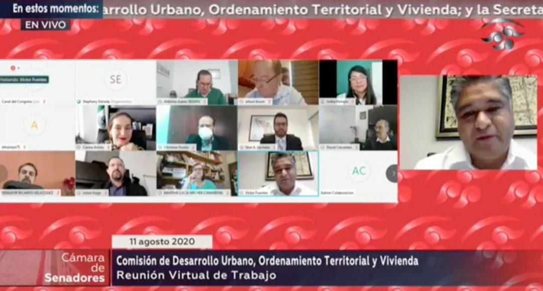 Senador Víctor Fuentes Solís, al presidir la reunión a distancia de la Comisión de Desarrollo Urbano, Ordenamiento Territorial y Vivienda