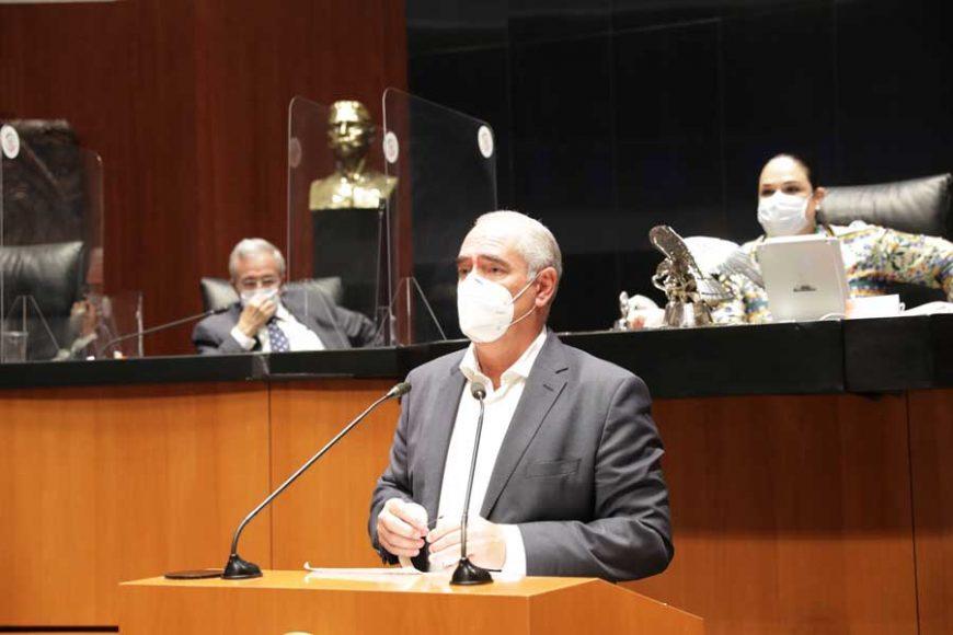 Intervención en tribuna del senador Julen Rementería del Puerto, para presentar los dictámenes de la Primera Comisión de la Comisión Permanente.