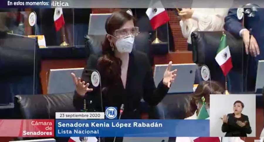Intervención desde su escaño, de la senadora Kenia López Rabadán, para referirse a las comparecencias de funcionarios del sector salud